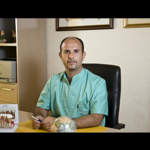 Dott. Federico Lorelli dentista Vibo