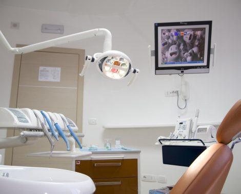 Sala operatoria 1.2 Dentista Dott. Lorelli a Vibo Valentia